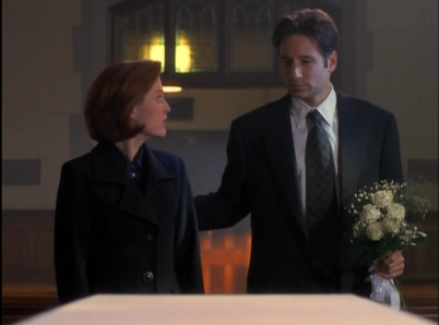 x_files_mulder_scully_emily_funeral