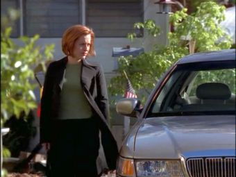 xfiles je souhaite scully green sweater