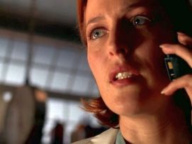 xfiles alone scully phone