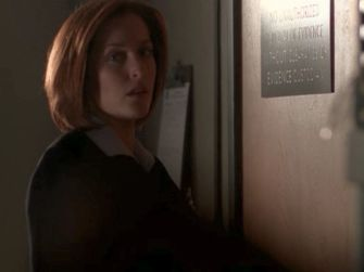 xfiles three words scully door