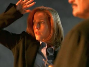 xfiles trust no 1 scully explosion