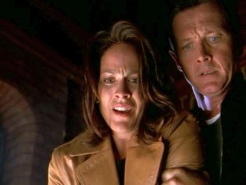 xfiles hellbound doggett monica holding arm