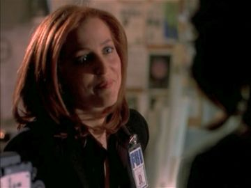 xfiles improbable scully amused