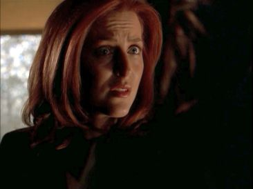 xfiles improbable scully won't help solve case