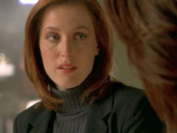 xfiles provenance scully gaze