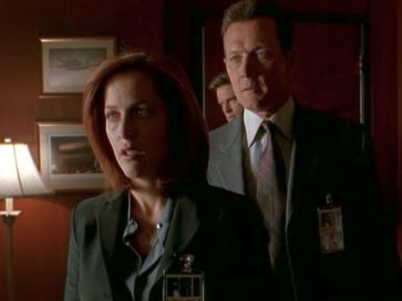 xfiles provenance scully interrogation stand