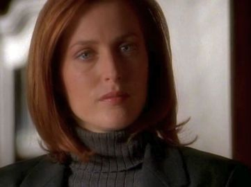 xfiles provenance scully kersch smirk