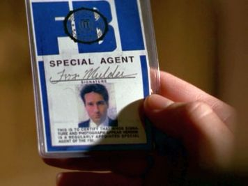 xfiles scary monsters scully mulder's badge